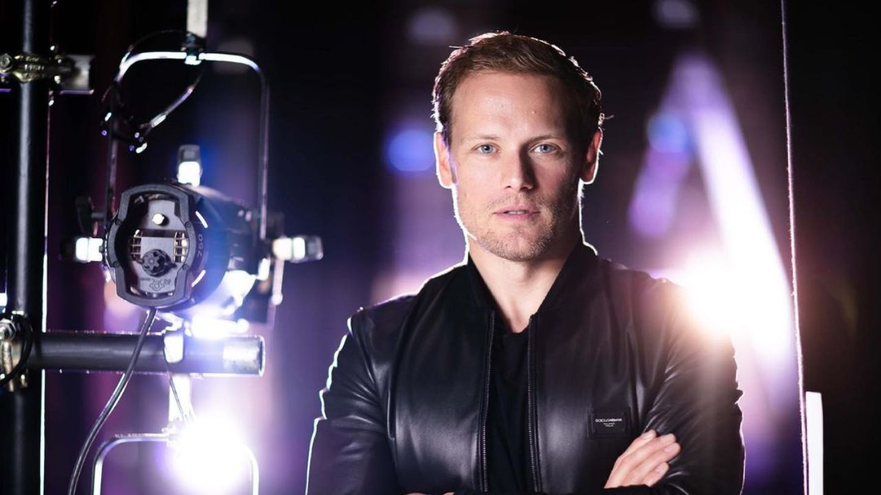 Sam Heughan doesn't have a girlfriend; the SAS actor is not dating anyone and is currently single as of 2021.